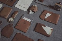 Lo Esencial | Leather brand on Behance