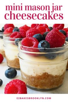 mason jar information are offered on our site. Check it out and you wont be sorry you did. Mason Jar Deserts, Mason Jar Pies, Mini Mason Jars, Mason Jar Meals, Meals In A Jar, Mason Jar Food, Mason Jar Recipes, Köstliche Desserts, Delicious Desserts