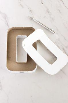 DIY, Kartondan Harf Yapımı ve Süsleme ,  #dekoratifsüsyapımı #DIY #kartondanharfyapılışı #kartondanneleryapılır , Sizlere daha önce kartondan harf yapımını detaylı olarak anlatmıştık. Yaptığımız karton harfleri istediğimiz şekilde süsleyerek daha de...