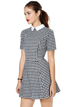 This dress paired with solid white or green, or even yellow stockings (to make it modest) call me weird, but yes I would rock this.