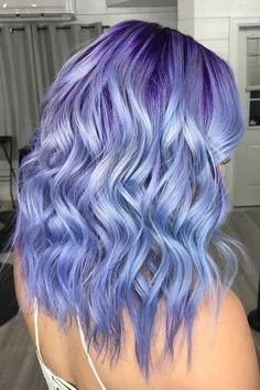 See Ya, Lavender — Periwinkle Is Our New Favorite Pastel Hair Color - Haare Stylen Cute Hair Colors, Hair Dye Colors, Cool Hair Color, Pastel Hair Colors, Colour Melt Hair, Lavender Hair Colors, Creative Hair Color, Pastel Purple, Vibrant Colors