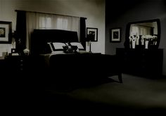Bedroom Decorating Ideas with Black Furniture Wallpaper