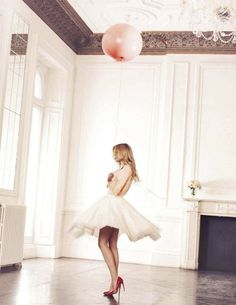 twirl {love the skirt and the red pumps} #balloon
