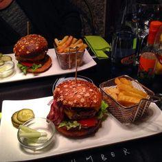 Zombie bar hamburguesas, calle del Pez, 7