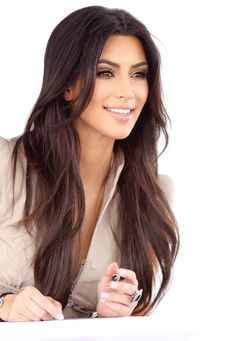 Kim Kardashian...she looks pretty here.