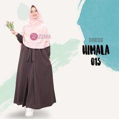 Gamis Zizara Himala Dress 013 - baju muslim wanita baju muslimah Kini hadir untukmu yang cantik syari dan trendy . . DETAIL DRESS: 1. Bahan katun supernova 2. Cutting pinggang 3. Tanpa karet 4. Saku kanan dan kiri 5. Rok model lipit 1 ditengah dengan aksen tali yang diikat ke depan 6. Lengan manset 7. Lebar rok kurang lebih 2 m . . Size Chart (S) LD 98 PB 135 (M) LD 100 PB 137 (L) LD 104 PB 140 (XL) LD 110 PB 142 . . Harga Rp 175.000 (gamis saja) . . www.facebook.com/gamiszizara…