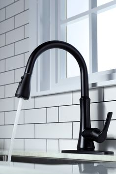 High Arc Spout provides more workspace within the sink to conveniently accommodate your biggest cookware. Soft rubber nozzles create the spray face simple to wash for a long-lasting strong flow. Black Kitchen Faucets, Cozy House, Trendy Decor, Modern, Cheap Home Decor, Matte Black Kitchen, Tile Remodel, Faucet, Black Kitchen Sink
