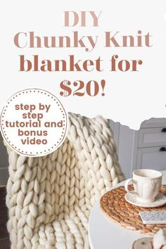 100 DIY Christmas Gifts for Everyone on Your List Chunky Yarn Blanket, Knot Blanket, Hand Knit Blanket, Diy Arm Knitting Blanket, Hand Knitting, Chunky Knit Throw Blanket, Idee Diy, Knitted Blankets, Diy Blankets