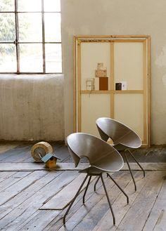 Technopolymer restaurant #chair DIVA by Colico | #design Hanno Giesler