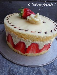 C'est ma fournée !: Le fraisier 3d Cakes, Strawberry Cakes, Cooking Chef, French Pastries, Cake Toppings, Food Inspiration, Sweet Tooth, Cheesecake, Dessert Recipes