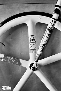 ANALOGIC SHOOTS | FIXED GEAR by Brazo de Hierro, via Behance