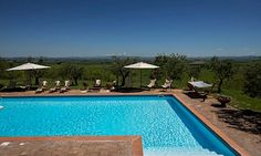 Villa Senese is set atop a hill, with a location that is ideal for those who wish to spend a unique holiday amidst spectacular views of the Tuscan rolling hills.