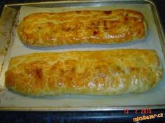 Výborný závin z tvarohového těsta 3ks. Eastern European Recipes, Czech Recipes, Strudel, Easter Recipes, Hot Dog Buns, Baked Goods, Sweet Recipes, Food And Drink, Cooking Recipes
