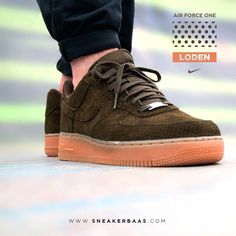 """#nikeairforce #nikeair #darkloden #sneakerbaas #baasbovenbaas  Nike Wmns Air Force 1 """"Dark Loden"""" - This green edition of the classic Air Force 1 is equipped with a gumsole and perforated suede that gives the classic design a fresh makeover."""