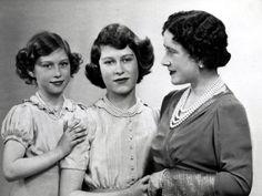 Princess Elizabeth with Her mummy, Queen Elizabeth, and sister, Princess Margaret, 1940