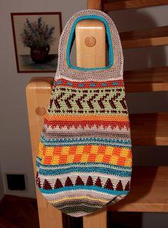 Büntchen: Jede Frau braucht eine Tasche...  Dieser Blog hat auch Filmhäkelanleitungen!!!