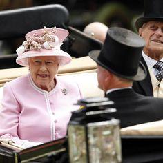 La reine Elizabeth II et le prince Philip au Royal Ascot, le 15 juin 2016                                                                                                                                                                                 Plus