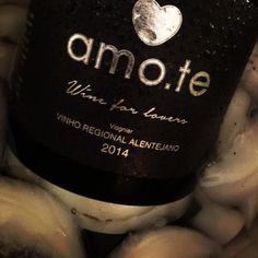 Vinhos amo.te • Wine for Lovers •  Store OnLine www.amote.pt •  Message in a Bottle Collection •  Escreva a sua mensagem num dos produtos amo.te