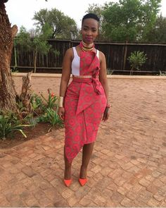 African Print Dress Checkout This beautiful Styles you can Rock This Xmas - Dabonke : Nigeria Latest Gist and Fashion 2019 Source by yattachicken dress modern African Wear Dresses, African Fashion Ankara, African Inspired Fashion, Latest African Fashion Dresses, African Print Fashion, Africa Fashion, Seshweshwe Dresses, African Prints, Dress Fashion