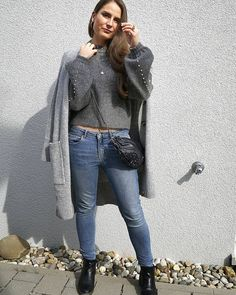 """Gefällt 687 Mal, 96 Kommentare - Phoebe Mandell (@phoebemandell) auf Instagram: """"As the leaves change, the cozy sweater come out 🍂🍃 Sweetys, ich werde mir heute einen Kürbis kaufen…"""""""