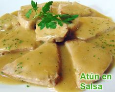 atún en salsa fácil Cantaloupe, Meat, Chicken, Fruit, Food, Recipes, Meals, Cubs
