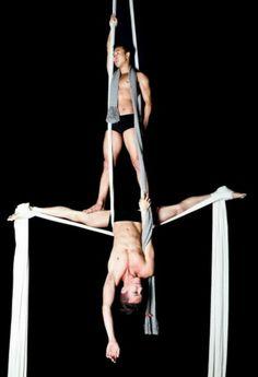 Stephen Seo on Jacob Rodvelt-Gamlieli Aerial Acrobatics, Aerial Dance, Aerial Silks, Silk Dancing, Au Ideas, Ballet Boys, Circus Art, People Of Interest, Art Poses
