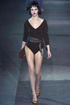 Louis Vuitton Fall 2013 Ready-to-Wear Fashion Show - Eliza Cummings
