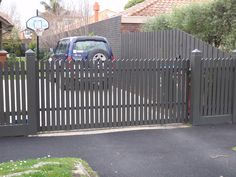 Carnegie gate style - automatic front gate