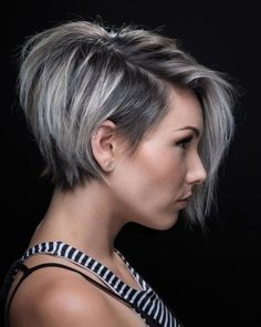 50 Mind-Blowing Simple Short Hairstyles for Fine Hair 2019 50 Mind-Blowing Simple Short Hairstyles for Fine Hair hair is not a curse. Hair of this type is very appealing if properly handled. Pixie Haircut For Thick Hair, Short Hairstyles For Thick Hair, Thin Hair Haircuts, Short Hair Styles Easy, Short Hair Cuts, Curly Hair Styles, Bob Haircuts, Layered Hairstyles, Fine Hair Pixie Cut