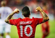 En su primer año Máximo goleador (22) líder de asistencias (16). Primera vez en toda la historia de la MLS que se da combinadas en una misma temporada. SEBASTIAN GIOVINCO.