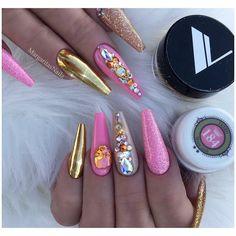 Double Vs @margaritasnailz ........ @valentinobeautypure gold chrome @vetro_usa 184 #nails#glitternails#coffinnails#nailart#MargaritasNailz#vetrogel#nailfashion#naildesign#nailswag#winternails#glamnails#nailedit#nailcandy#ombrenails#nailsofinstagram#nailaddict#nailstagram#instagramnails#nailsoftheday#nailporn#nailpro#naildesigns#vetrousa#nailsonfleek#dopenails#winterfashion#chromenails#teamvalentino#pinknails#goldnails