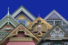 victorian house trim gables victorian house trim names Victorian Porch, Folk Victorian, Victorian Cottage, Victorian Decor, Victorian Homes, Exterior Trim, Exterior Design, Exterior Paint, Victorian Architecture
