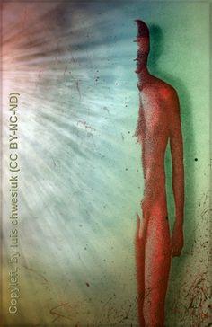 """""""Desnudo masculino"""". Técnica: Puntillismo y diversos recursos gráficos, sobre soporte de papel reciclado (70 x 40 cm.). Copyleft, by luis chwesiuk."""