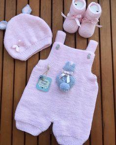Best 12 3 x Rompers – Pattern Set (Knitwear) from Go Handmade – SkillOfKing. Fingerless Gloves Crochet Pattern, Crochet Vest Pattern, Romper Pattern, Baby Knitting Patterns, Baby Patterns, Crochet Patterns, Baby Dungarees Pattern, Baby Overalls, Knitted Baby Outfits