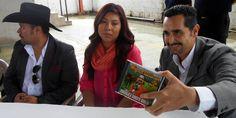 Lily Morales, Humberto Morales y Servidor, Miguel Alcázar en Conferencia de prensa de CRIPCO (Centro de Rehabilitación Integral de Puerto Cortes) Puerto Cortes, Honduras