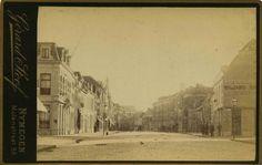 Gezien in de richting van de Korte Molenstraat 1880-1885