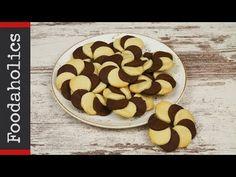 Δίχρωμα μπισκότα χωρίς μίξερ   Foodaholics - YouTube