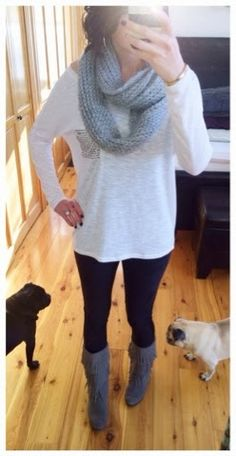 Comfy causal outfit for those Fall or Winter off duty days - Minnetonka three layer grey fringe moccasins, leggings, chunky infinity scarf
