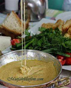 Garantili Mihlama Muhlama Kuymak Tarifi | MUTFAK FELSEFEM Mashed Potatoes, Dairy, Pasta, Cheese, Cooking, Ethnic Recipes, Food, Kitchens, Turkish Recipes