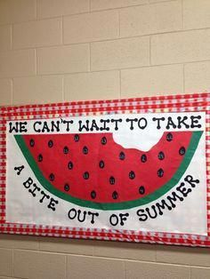 spring bulletin board Love the tablecloth print in the background. What a fun spring bulletin board just in time for summer! Cafeteria Bulletin Boards, Summer Bulletin Boards, Preschool Bulletin Boards, Classroom Board, Classroom Bulletin Boards, Summer Bulliten Board Ideas, Bullentin Boards, Classroom Decor, Preschool Door
