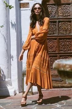 Olivia Luxe Lace Midi Dress Wholesale Boho Dress https://bohemian-gift-stores.com/collections/bohemian-dresses