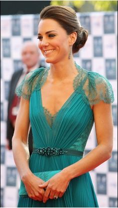 Kate gorgeous in Jenny Packham teal gown