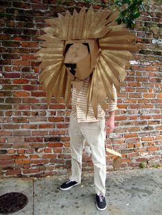 Cardboard Costume, Cardboard Mask, Cardboard Sculpture, Cardboard Crafts, Paper Crafts, Diy Crafts, Costumes Faciles, Art For Kids, Crafts For Kids