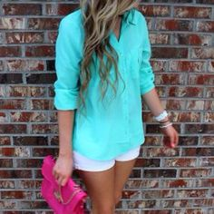 Oh Summer love the turquoise shirt ,goes perfect with white jean shorts