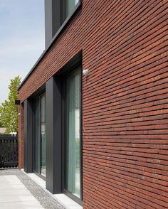 Woning met bijgebouw in Vlimmeren — Innovate.in.architecture.