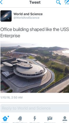 Office building shaped like the USS Enterprise. Enterprise Ship, Uss Enterprise Ncc 1701, Star Trek Enterprise, Star Trek Voyager, Star Trek Crew, Watch Star Trek, Science Fiction, Star Trek Starships, Story Of The World