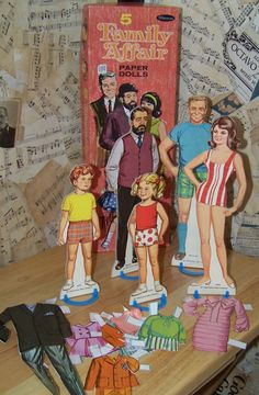 Paper dolls (tab & magnetic) from Family Affair to Little Women to PJ (barbies BFF in the I remember these! My Childhood Memories, Childhood Toys, Great Memories, Paper Toy, Nostalgia, Vintage Paper Dolls, Family Affair, Retro Toys, Old Toys