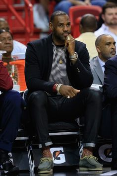 LeBron James Arrives in Miami Wearing Balmain Jersey Embroidered Double Breasted Blazer | UpscaleHype
