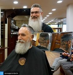Keeping everything in shape.Tag to be featured. #beard #beards #beardy #bearded #beardedman #beardedmen #beardedgentleman #beardlife #beardlove #beardlover #beardporn #beardsandtattoos #beardsofinstagram #beardstagram #instabeard #teambeard #beardclub #allthebeards #fortheloveofbeards #Bristlr #ShowUsYourBristles #BareYourBeard @swaggerandjacks