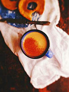Make Your Own: Pumpkin Spice Latté